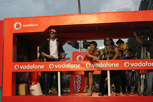 Vodafone Superfest..Mumbai Roads Did Test.. All The Best by firoze shakir photographerno1