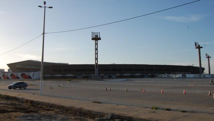 Estádio Amigão em Campina Grande (Foto: Silas Batista / GloboEsporte.com)