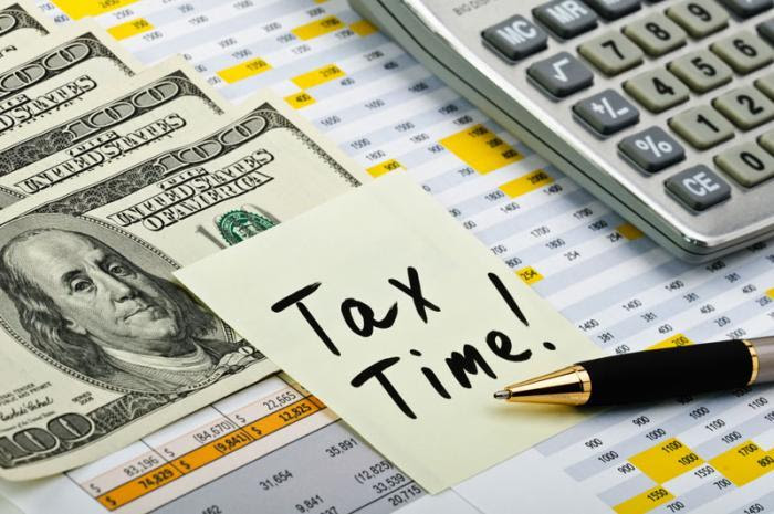 can i make money preparing taxes