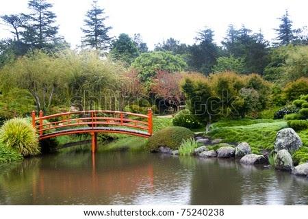 shelf diy easy to how to build a wooden bridge over a creek. Black Bedroom Furniture Sets. Home Design Ideas