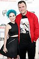 paramores hayley williams splits from husband chad gilbert 01
