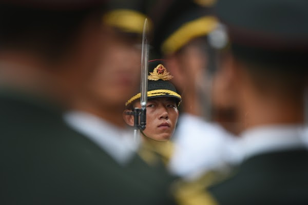 中共北戴河会议一般在8月召开,在这之前,中共军方将领进行密集的人事调动。 ( GREG BAKER/AFP/Getty Images)