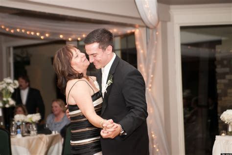 How To Dance: Reddit's Best Wedding Dance Rules For Men