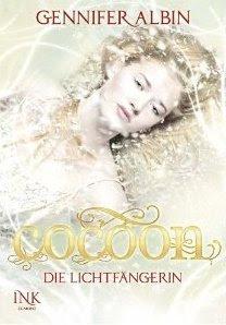 Cocoon - Die Lichtfängerin (Crewel World, #1)