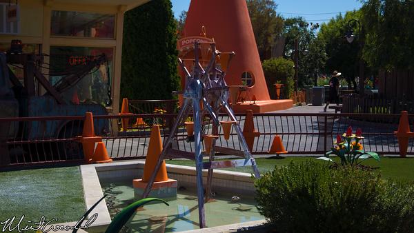 Disneyland Resort, Disney California Adventure, Cars Land, Cozy Cone Motel