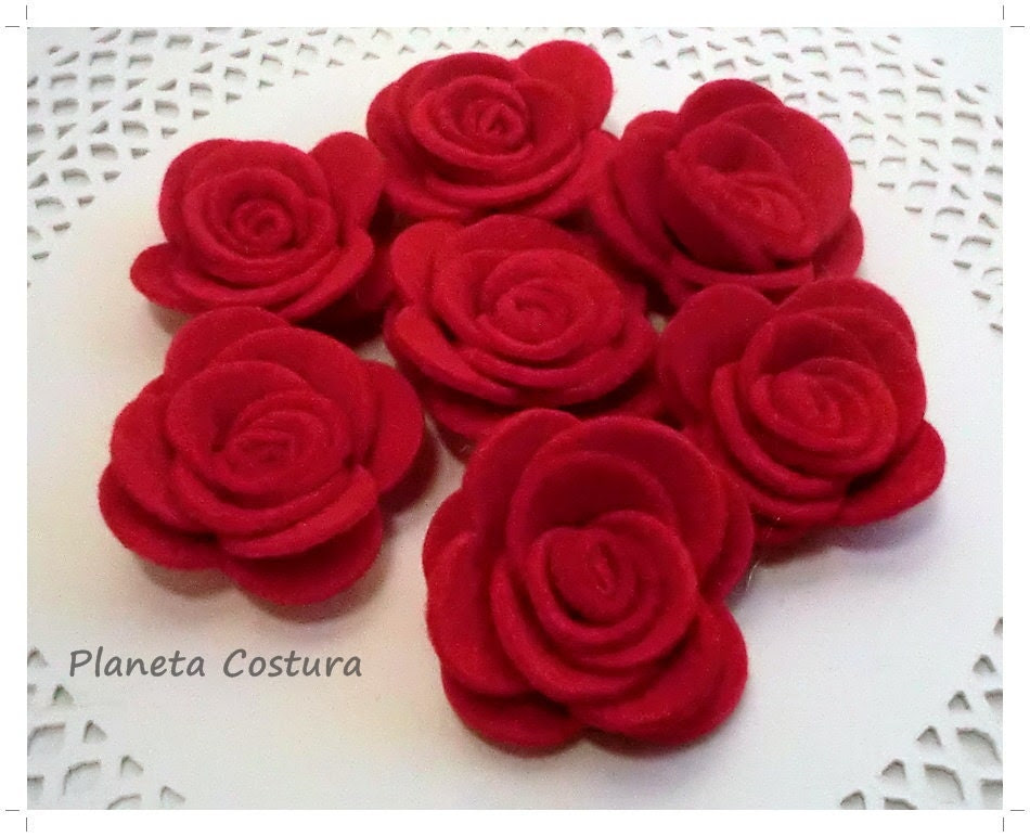 Red Felt Flower. 10 pcs. Size: 33mm-35mm - PlanetaCostura