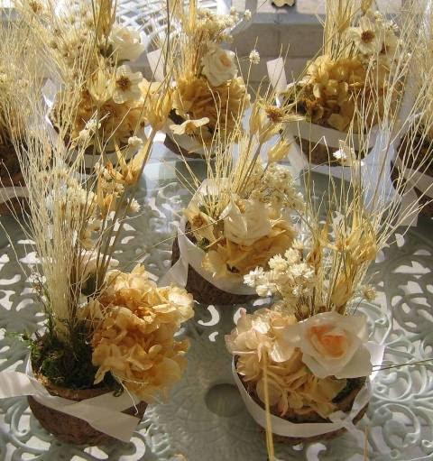 Arranjos de Flores para Mesa com flores secas