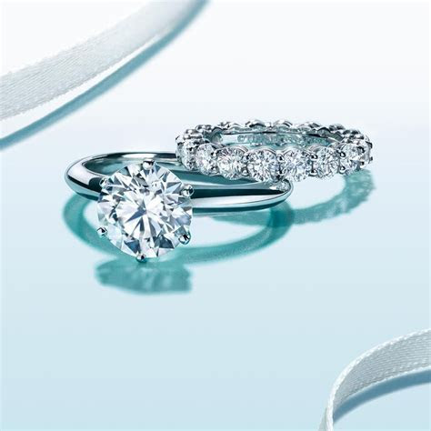 simply classic   round solitaire with platinum band, and