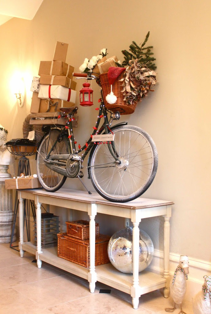 Delivery bike decoration for christmas
