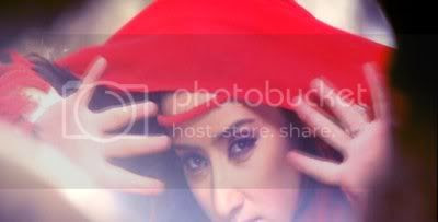 http://i298.photobucket.com/albums/mm253/blogspot_images/Moksha/PDVD_233.jpg