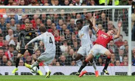 photo 03ManchesterUnited1-Swansea2_zpsff453bb1.jpg