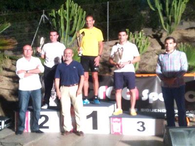 El campeón del Mundo 2012 de Media Maratón, vencedor de la clásica nocturna veratense
