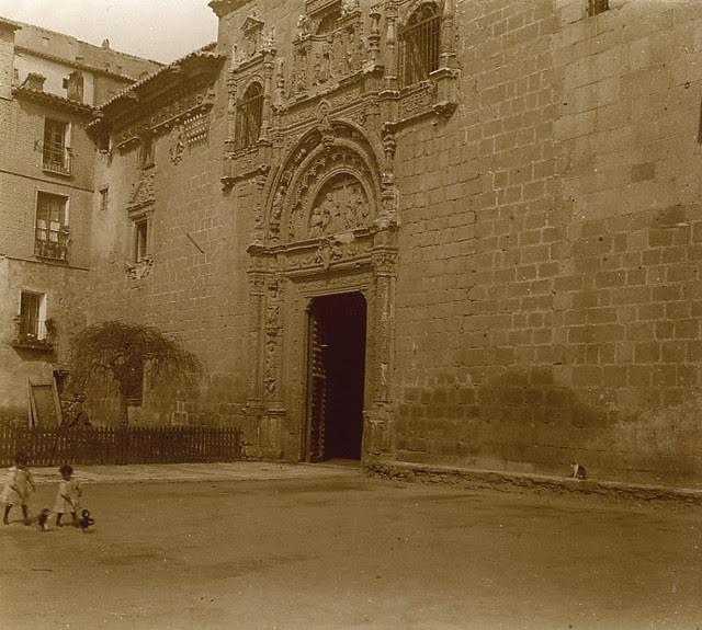 Hospital de Santa Cruz en 1913. Fotografía de Luis Calandre Ibáñez