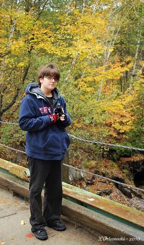 Jamie on the bridge over Coos Canyon