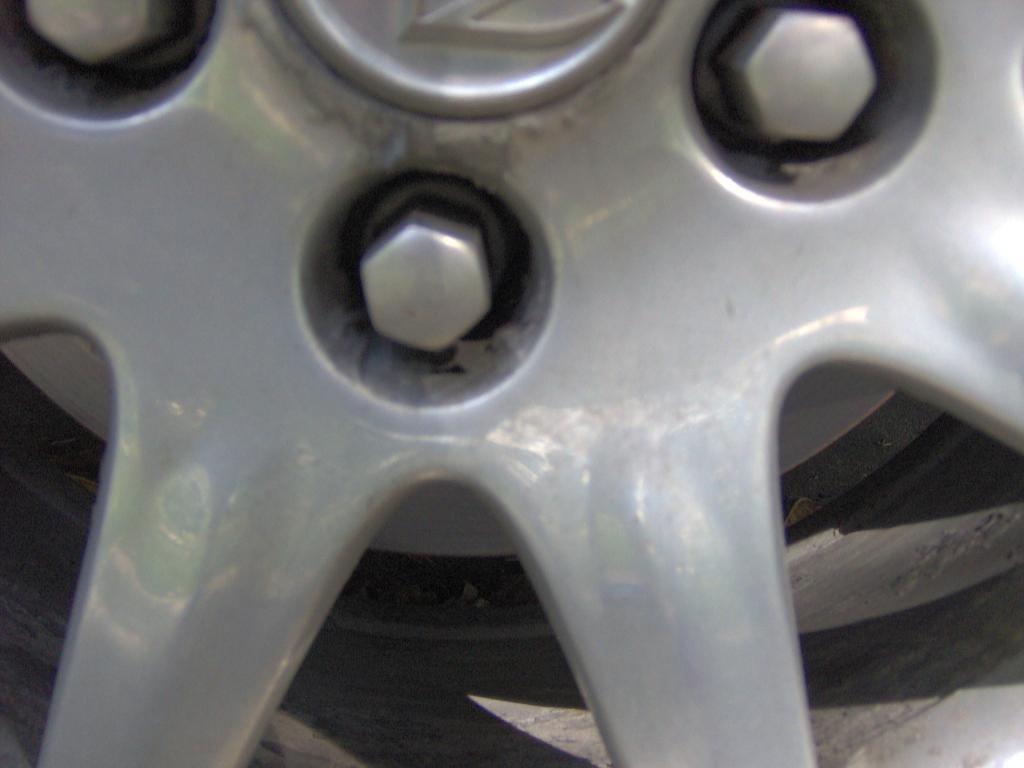 2006 Buick Lucerne Chrome Rims Peeling 1 Complaints
