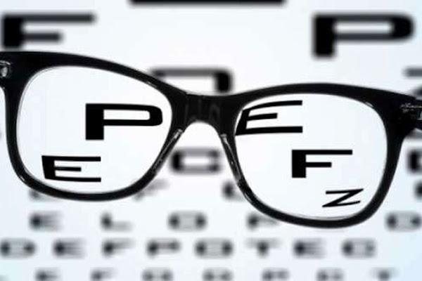 2850e0e0ac «Πόλεμος» ΕΟΠΥΥ - οπτικών για τα γυαλιά οράσεως