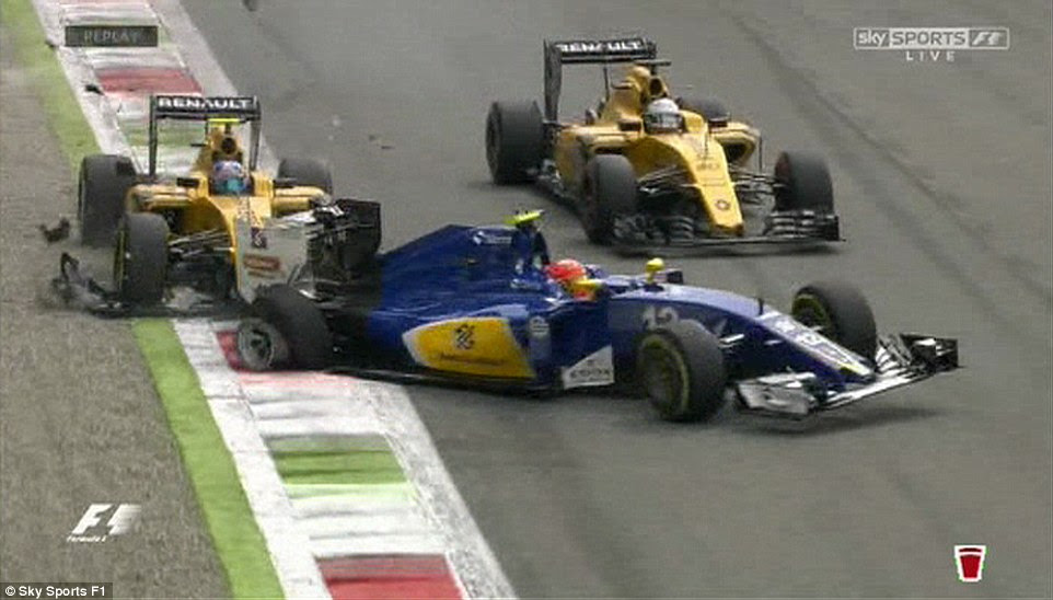 Nasr's rear right wheel was damaged and he was forced to into the pit-lane after colliding with British driver Palmer
