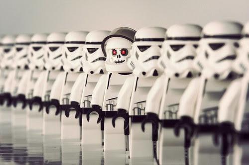 Lego Wars.. zombie?
