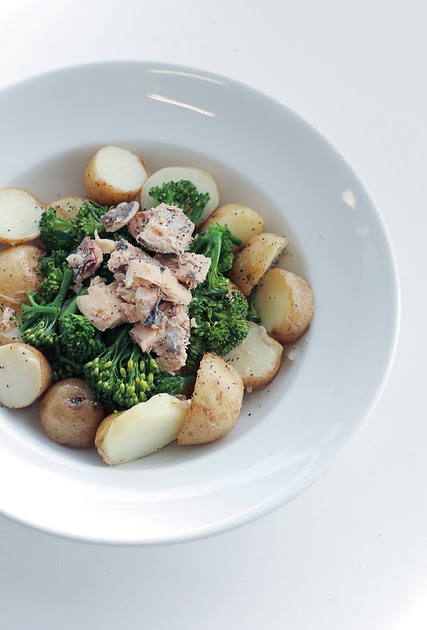 SaladPride: Sardines, Broccoli and New Potatoes