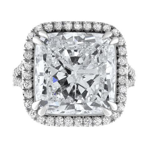 18kt white gold Engagement Ring With Center Diamond 12