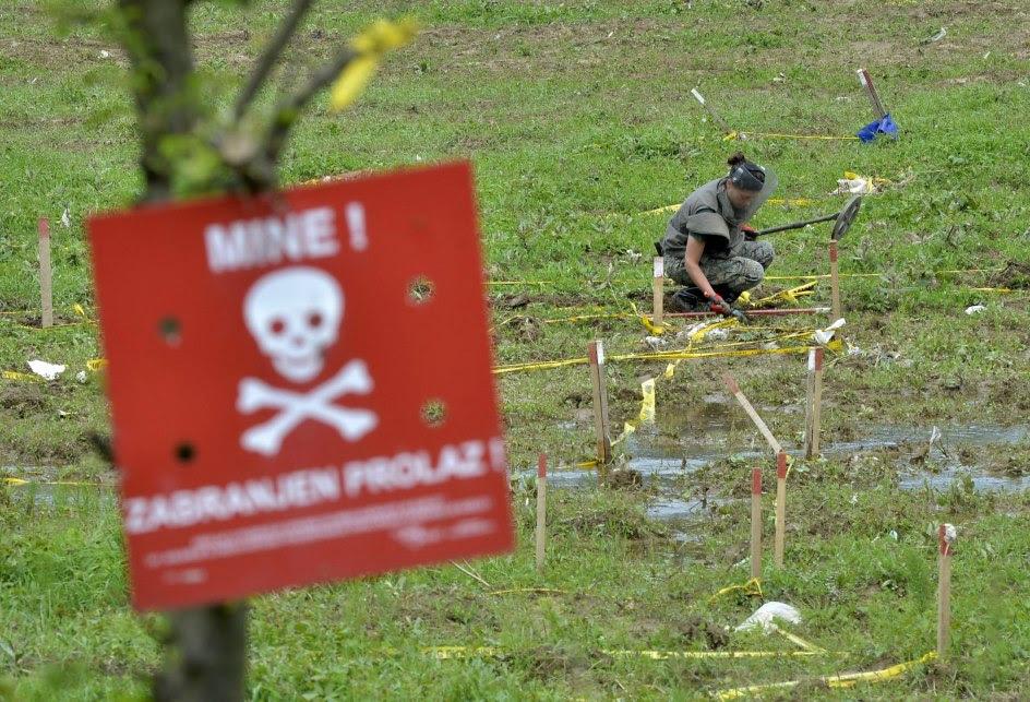 Tras las riadas, las minas amenazan Bosnia
