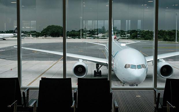 View of the remodelled Terminal 2 of the Antonio Carlos Jobim, or Galeao, International Airport in Rio de Janeiro, Brazil, on May 19, 2016. / AFP PHOTO / YASUYOSHI CHIBA
