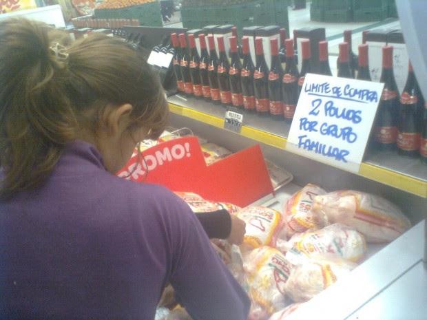 Por día, solamente se ponen a la venta un puñado de pollos