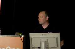 Charlie Hunt, TS-4887 Garbage Collection Tuning in the Java HotSpot Virtual Machine, JavaOne 2009 San Francisco
