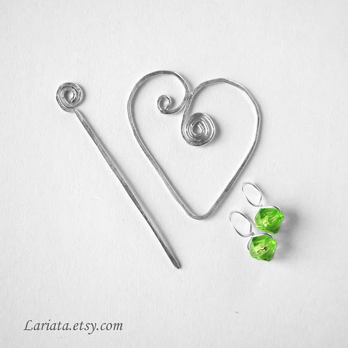 stitch markers and holder - the set