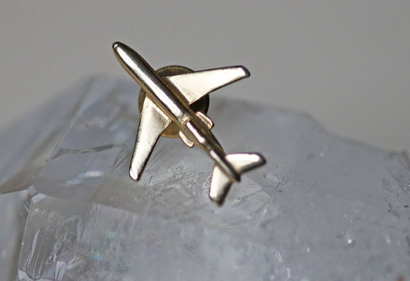 Vintage Airplane Tie Tack or Lapel Pin