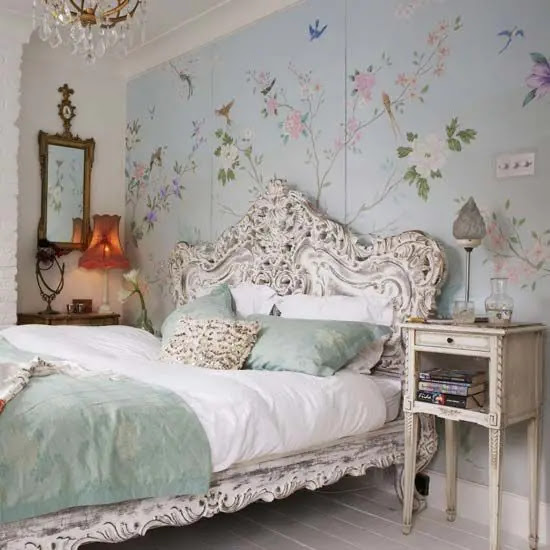 31 Sweet Vintage Bedroom Décor Ideas To Get Inspired  DigsDigs