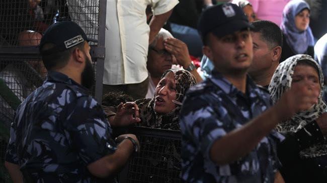 Gazawi al valico di Rafah (Fonte: Iran Daily)