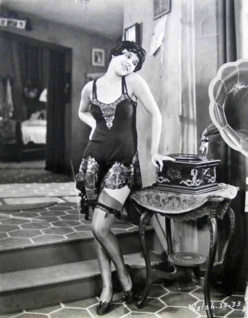 spicyhorror:  Fifi D'Orsay 1920s