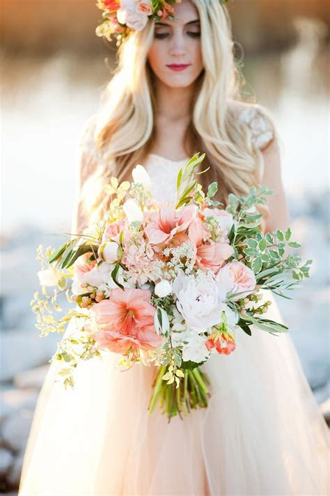 1000  ideas about Hibiscus Wedding on Pinterest   Bridal