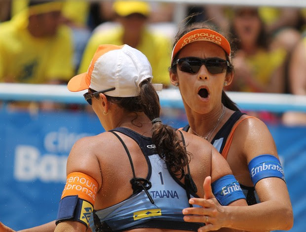 Talita e Taiana vôlei de praia (Foto: Paulo Frank / CBV)