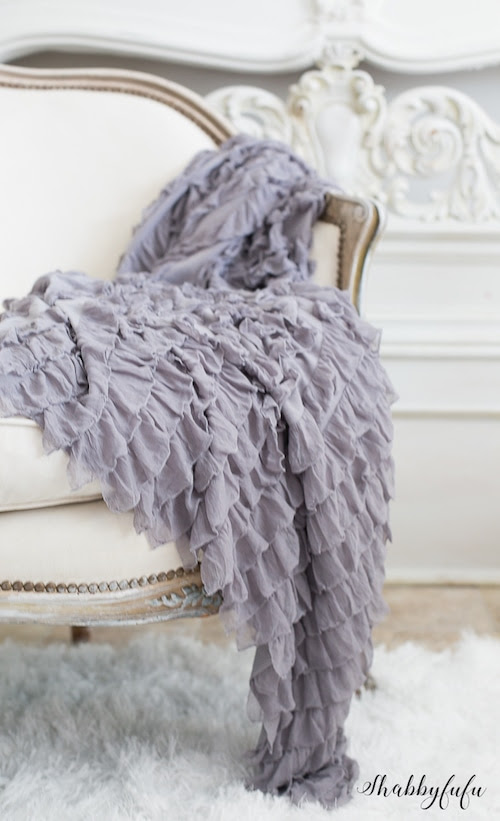Shabbyfufu-ruffle-throw-french-grey