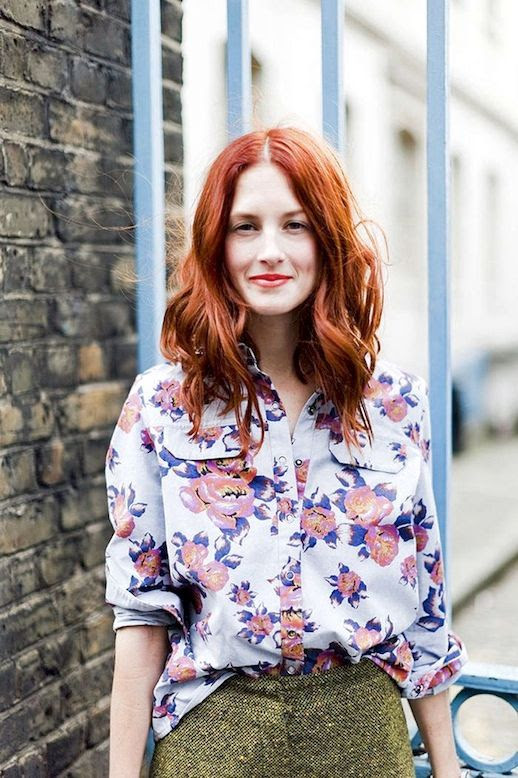 Le Fashion Blog 15 Ways To Wear Floral Prints Taylor Tomasi Hill Street Style Button Down Shirt Wool Pants Red Hair Via Buro247 photo 15-Ways-To-Wear-Floral-Prints-Taylor-Tomasi-Hill-Street-Style-Button-Down-Shirt-Wool-Pants-Red-Hair-Via-Buro247.jpg
