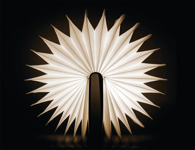 Lumio: A Portable Light that Folds like a Book lighting books