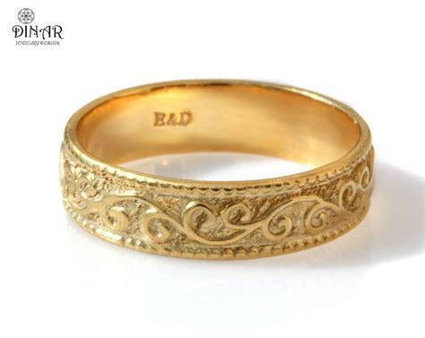 Scrolls leafs 14k gold wedding band, women's vintage style