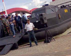 Hovercraft TNI-AL