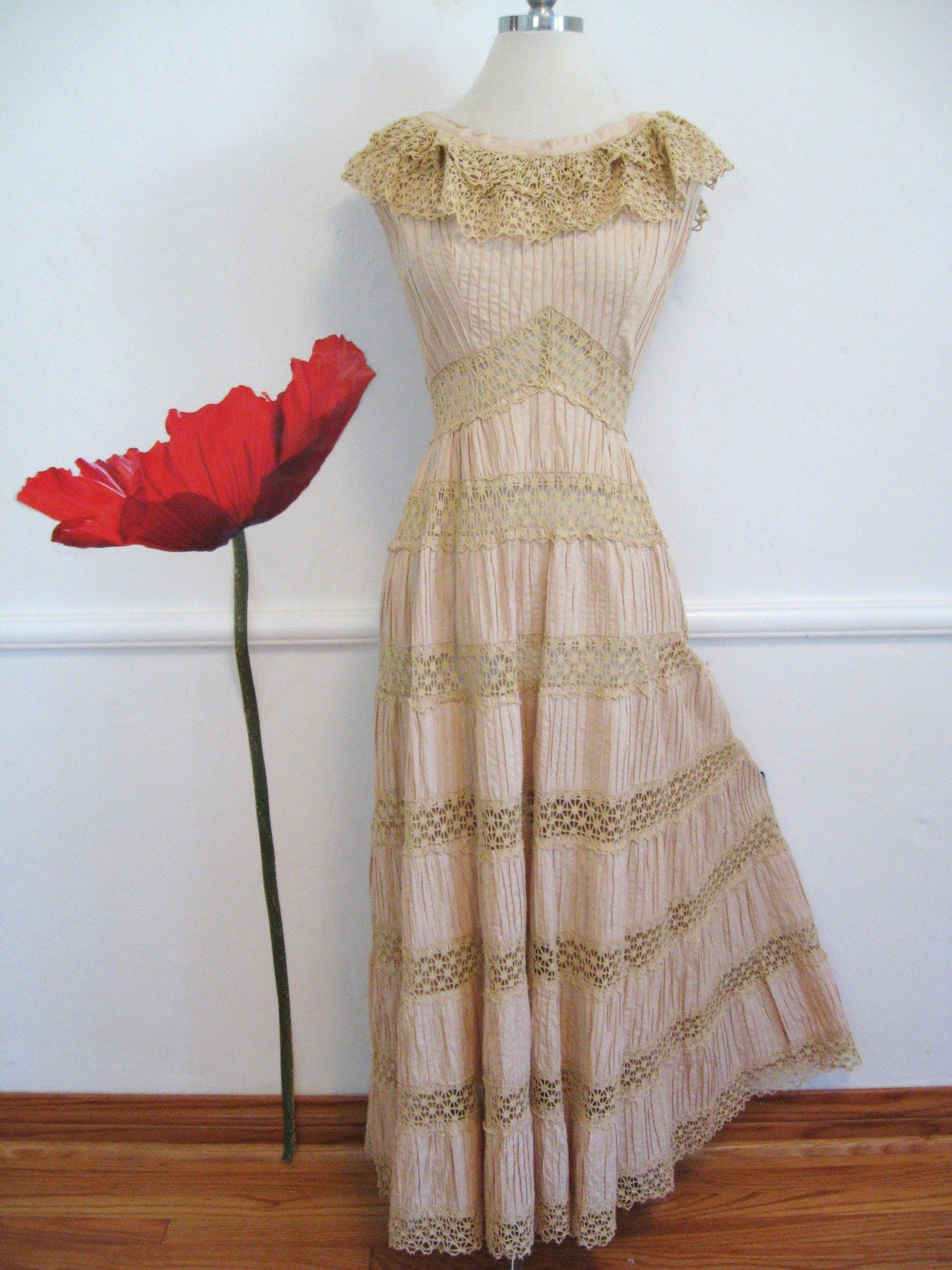 50s vintage MEXICAN WEDDING DRESS with crochet LACE PIN TUCK