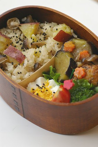 Sweetpotato&mushroom rice bento