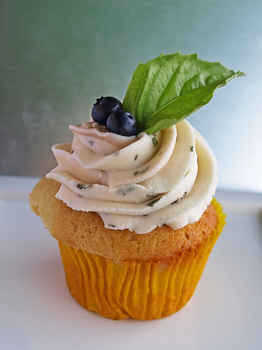 Bluebery Basil Cupcake - Aug 09
