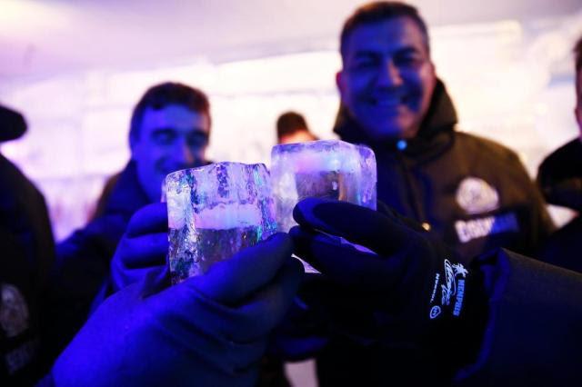 Feito com 19 toneladas de gelo, IceBar abre nesta sexta-feira na zona norte de Porto Alegre Anderson Fetter/Agencia RBS