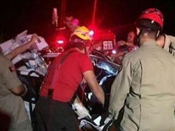 Bombeiros socorreram as vítimas