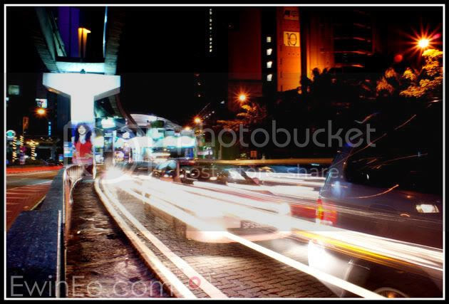 Long-exposure-in-KL-time-square
