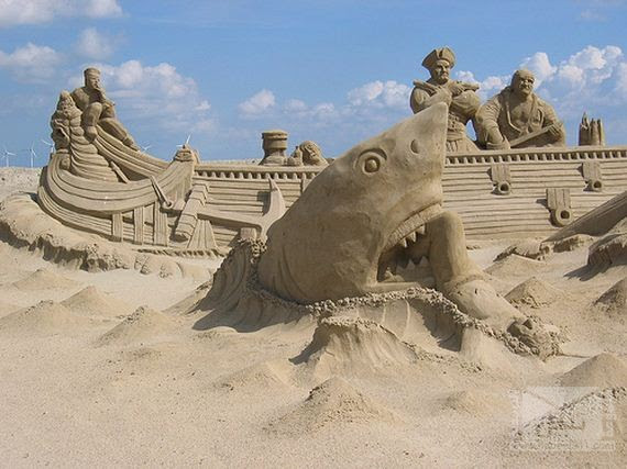 16-Epic-Works-Of-Art-Made-With-Sand