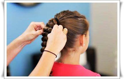 DIY-Inverted-Hearts-Ponytail-Hairstyle-7.jpg