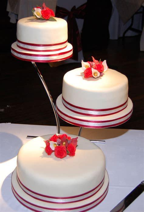 Low cost 3 Tier Wedding ceremony Cakes   Wedding Ideas