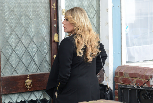Sharon waits at Gordon's door to tell him she is his daughter.